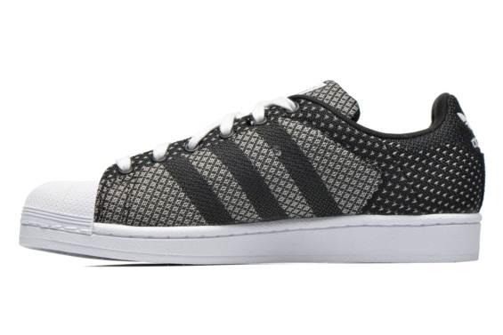 chaussure adidas dentelle noire
